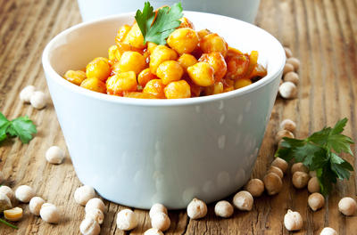 white bowl of chickpeas